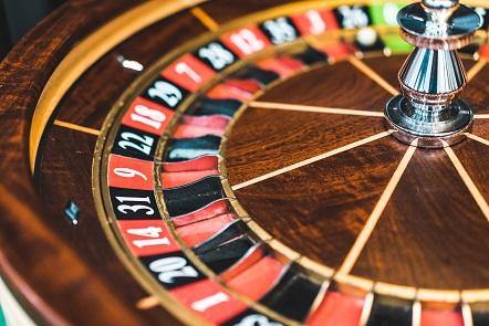 SEO-Spam und Linkbuilding Anfragen kommen häufig von Glücksspielseiten. Hier ist ein Roulette-Kessel zu sehen. Man kann nur raten: Finger weg!